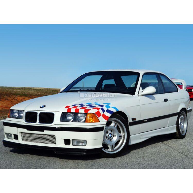 <p>Kit Xenon 35W specifico per il faro della BMW 316, 318, 320, 323, 325, M3, E36 e Luci Posizione a Led in tinta. Plug&amp;Play zero spie, contiene tutto l&#39;occorrente. Luce Bianco Lunare 6000k.</p>