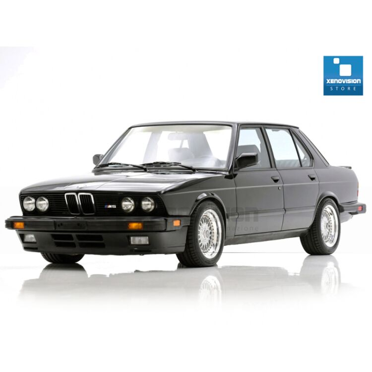 <p>Kit Focus Pro Korea Xenon 35W specifico per il faro della BMW Serie 5 E28 e Luci Posizione a Led in tinta. Plug&amp;Play zero spie, contiene tutto l&#39;occorrente. Luce Bianco Solare 5000k.</p><p>&nbsp;</p>