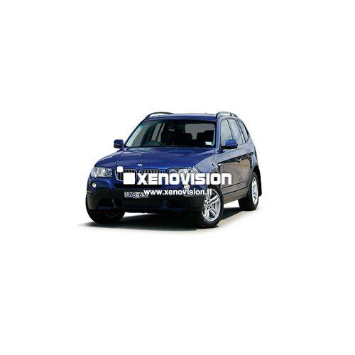 <p>Kit Xenon Focus PRO Korea 35W specifico per il faro della BMW X3 e Luci Posizione a Led in tinta. Plug&amp;Play zero spie, contiene tutto l&#39;occorrente. Luce Bianco Lunare 6100k.</p>