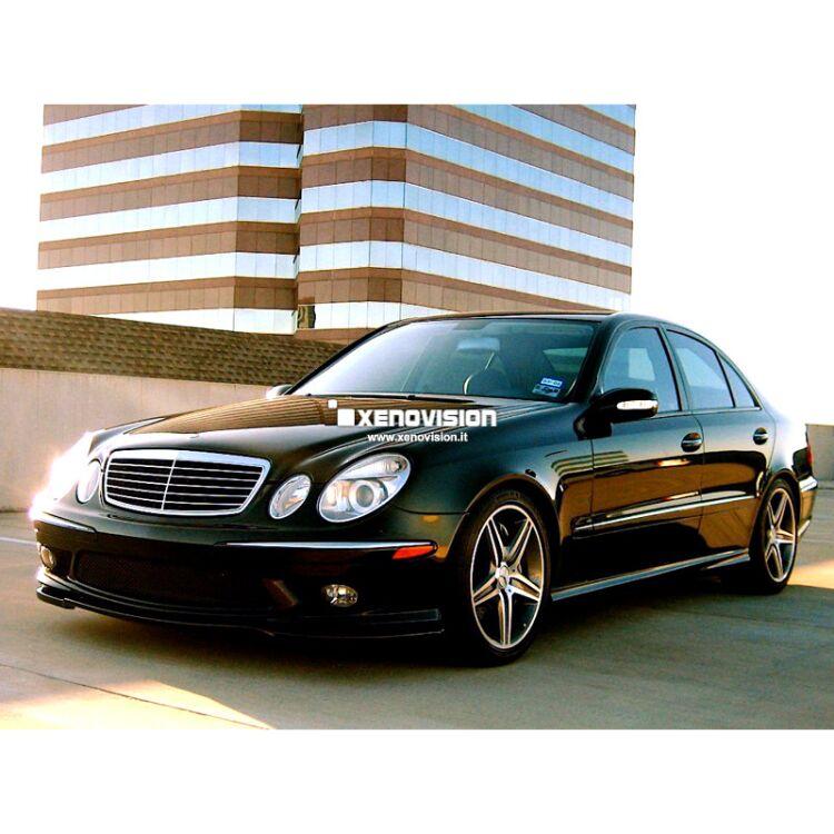 <p>Kit Xenon Focus Pro Korea 35W specifico per il faro della Mercedes Classe E W211 dal 2002 al 2009. Plug&amp;Play zero spie, contiene tutto l&#39;occorrente. Luce Bianco Lunare 6100k.</p><p>&nbsp;</p>