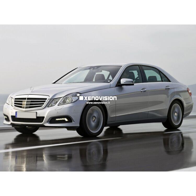 <p>Kit Xenon Focus Pro Korea 35W specifico per il faro della Mercedes Classe E W212 dal 2009 in poi. Plug&amp;Play zero spie, contiene tutto l&#39;occorrente. Luce Bianco Lunare 6100k.</p><p>&nbsp;</p>