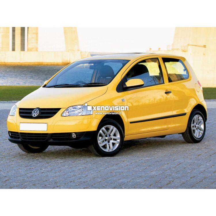 <p>Kit Bixenon 6000k Bianco Solare e Luci posizione a Led in tinta per VW Fox dal 2005 in poi. L'unico senza spie.</p>