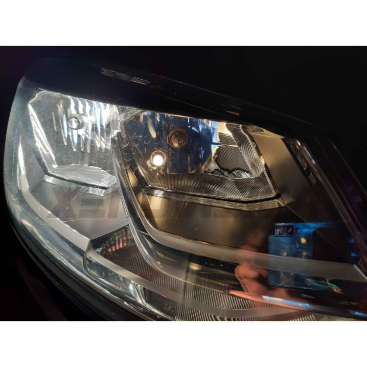 <strong>BMW 5 LED&nbsp;Parking Light</strong>: Warm White&nbsp;3800K&nbsp; 360 degree light beam T10 LED pair, can fit anywere. Canbus, Top Quality.